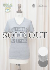 "UCLA""UNIVERSITY OF CALIFORNIA LOS ANGELES""三素材混カレッジプリント半袖VネックTシャツ [Lady's] / Audience"