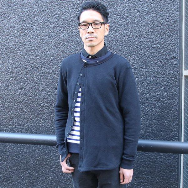 画像2: ソフトエアー裏毛12ボタン斜めクルーネックカーディガン【MADE IN JAPAN】『日本製』/ Upscape Audience