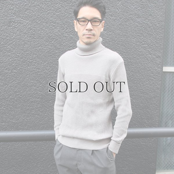 画像2: リブ×アゼ編みタートルネックコットンニット【MADE IN JAPAN】『日本製』/ Upscape Audience