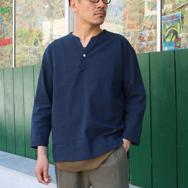 画像2: ソフトリネンコットンキャンバス C/N スキッパーコンチョ釦 9/Sシャツ【MADE IN JAPAN】『日本製』/ Upscape Audience