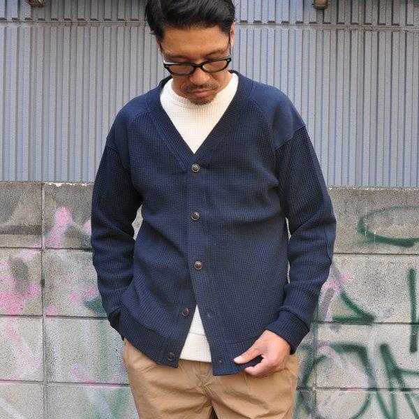 画像2: ビッグワッフル コマンドVネック カーディガン【MADE IN JAPAN】『日本製』【送料無料】 / Upscape Audience