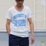 "【RE PRICE / 価格改定】 UCLA""UNIVERSITY OF CALIFORNIA LOS ANGELES""三素材混カレッジプリント半袖VネックTシャツ / Audience"
