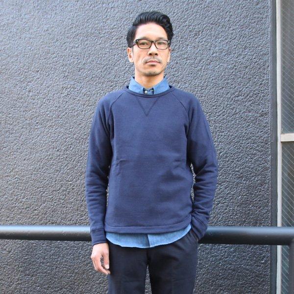 画像2: エアー裏毛クルーネック長袖ガゼットスウェット【MADE IN JAPAN】『日本製』/ Upscape Audience