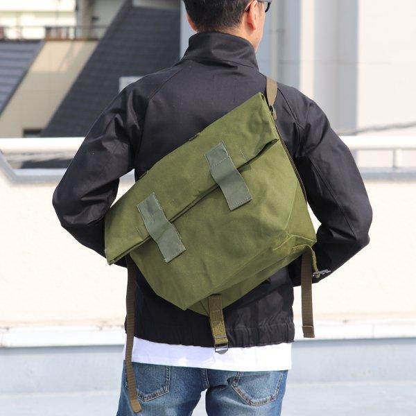 画像2: DEADSTOCK/ Danish Army 80'sMessenger Bag(デンマーク軍ナイロン2Wayメッセンジャーバッグ/パスケース無し)